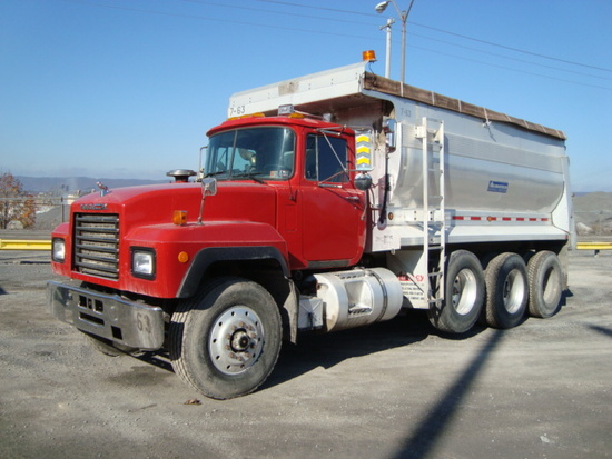 (Unit #7-63) 1998 MACK Model RD688S Tri-Axle Dump Truck, VIN# 1M2P270C5WM03