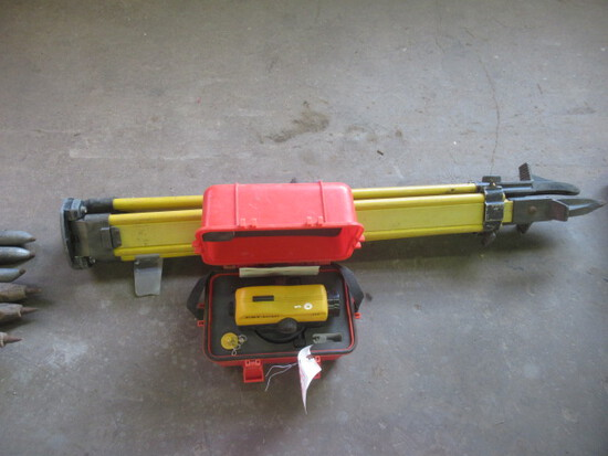 BERGER 24X Automatic Level and Grade Pole