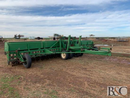 Great Plains Solid Stand Folding Grain Drill - 30'