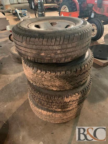 (4) 265/70R15 Tires on 8 Bolt Rims