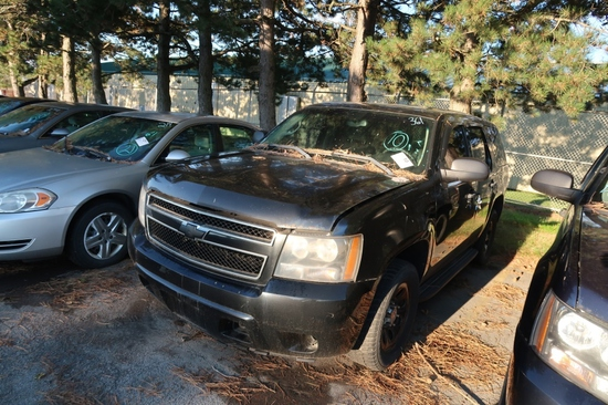 11 Chevrolet Tahoe  Subn BK 8 cyl  Did not Start 9/8/21 AT PB PS R AC PW VIN: 1GNLC2E05BR172572; Def