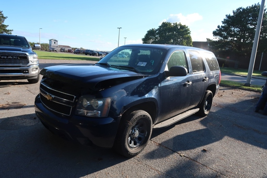 11 Chevrolet Tahoe  Subn BL 8 cyl  Started w Jump on 9/8/21 AT PB PS R AC PW VIN: 1GNLC2E05BR352084;