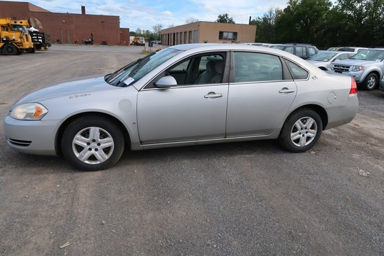 08 Chevrolet Impala  4DSD GY 6 cyl  Started w Jump on 9/21/21 AT PB PS R AC PW VIN: 2G1WB58K08126436