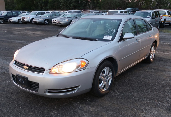 06 Chevrolet Impala  4DSD GY 6 cyl  Started on 9/21/21 AT PB PS R AC PW VIN: 2G1WB58K269343598; Defe