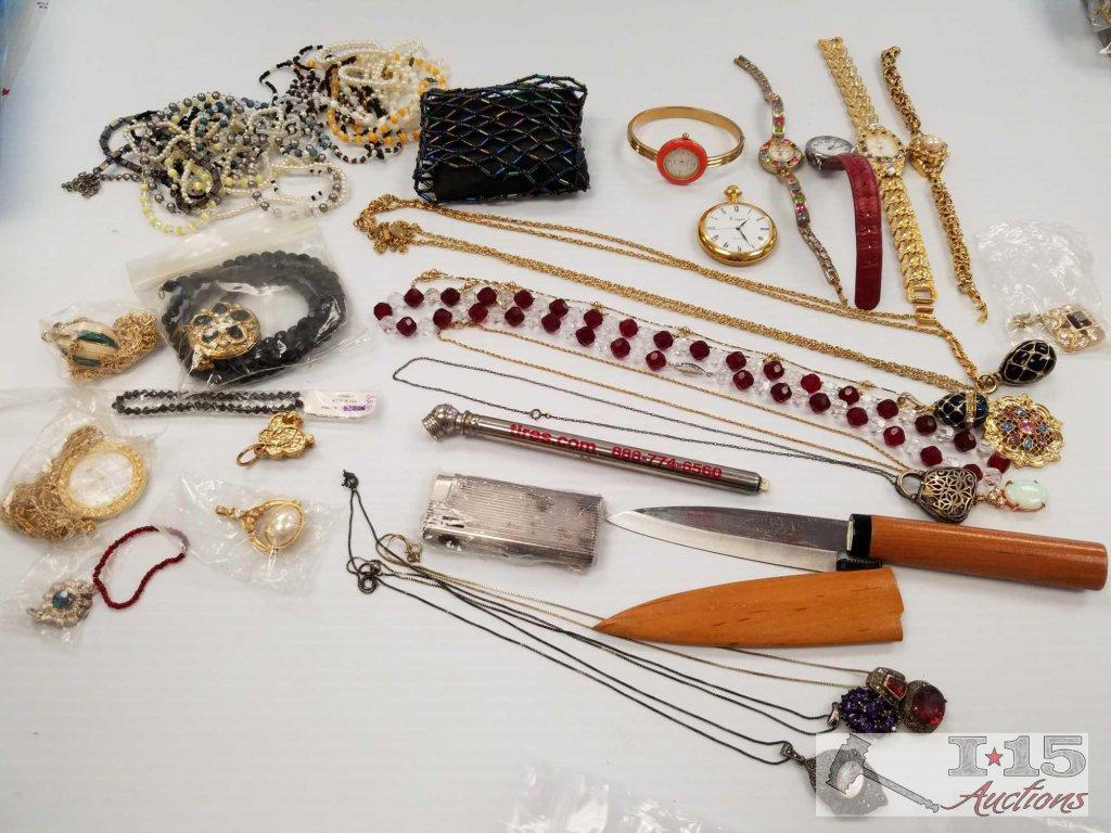 Unsorted costume jewelry
