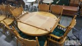Oak Dining Room Table With 6 Chairs and a Leaf