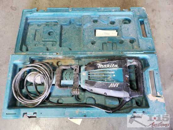Makita AVT HM1214C Jack Hammer
