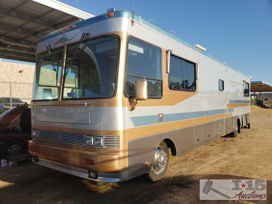 40' 1995 Safari Motor Coaches M-Series Blue Max. Only 13,175 miles. Please See Video!