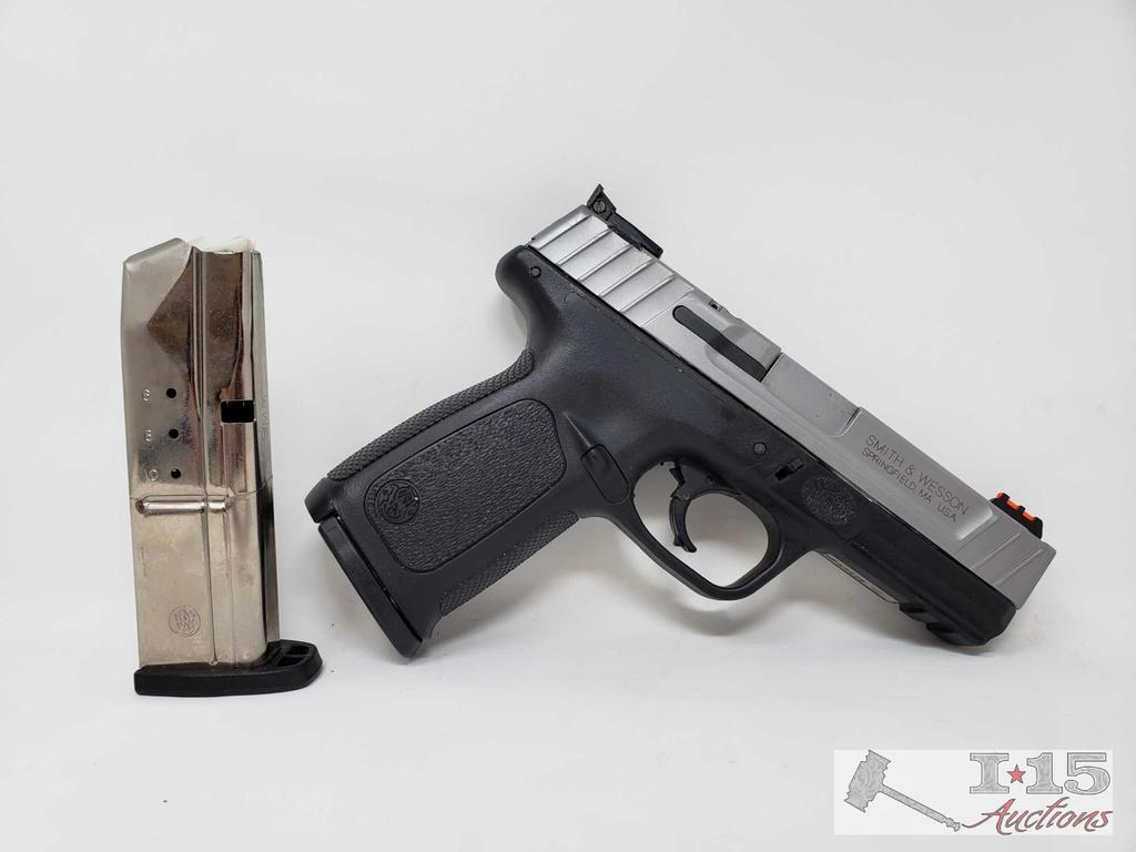 Smith & Wesson SD9VE 9mm with 2 Magazines