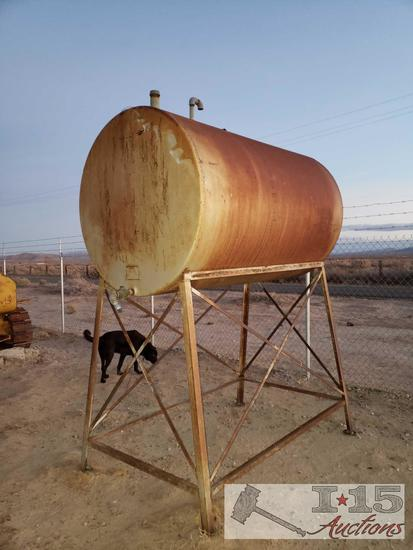 Osborn 550 Gallon Tank on Metal Stand