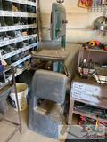 Craftsman bandsaw. Works great, See Video!!