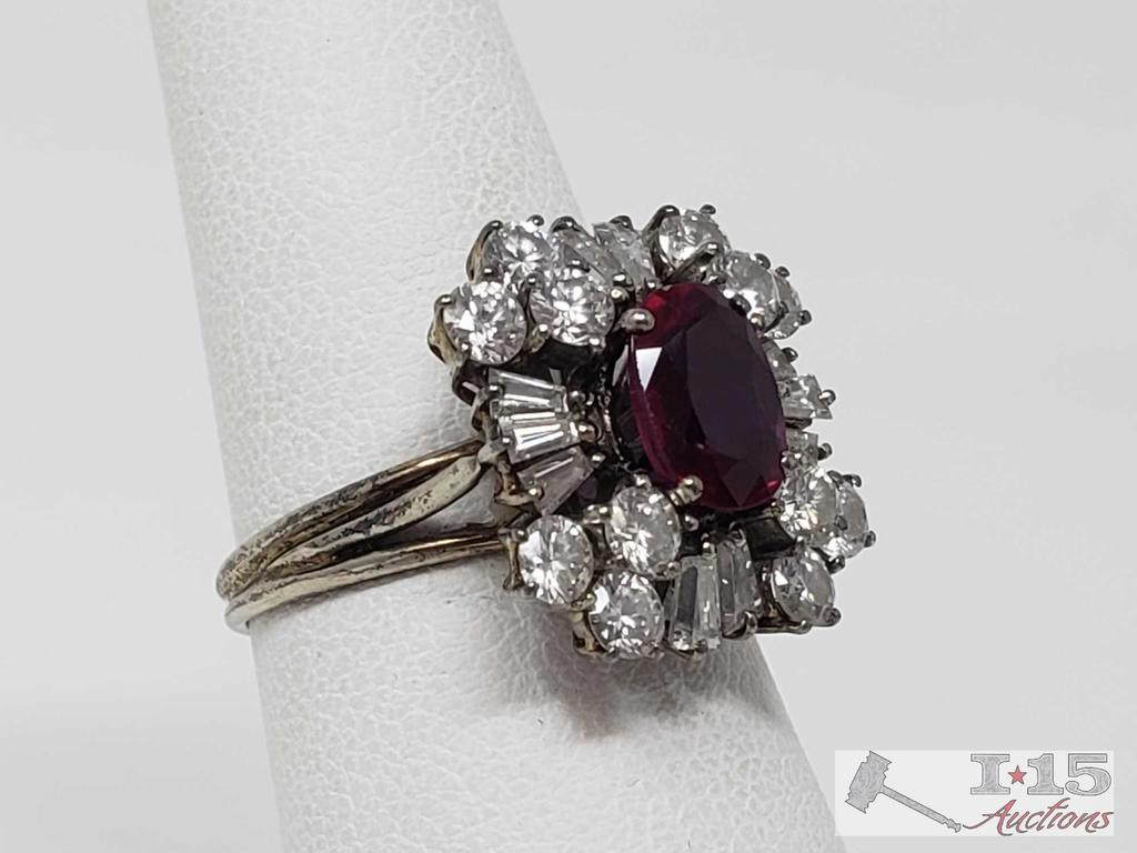 14k Ring with 1 ct Center Stone and Accent Diamonds 4.6g, Size 6.5