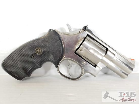 Smith & Wesson Model 686-8, .357 Magnum Revolver