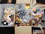 Approx 200 ty Beanie Babies, Quckers, Tank, Canyon, Fleecie, Knuckles, Puffer, Trumpet, and Many