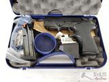 New Berretta PX4 Strom 9x19 Semi-Auto Pistol with 2 15 Round Magazines