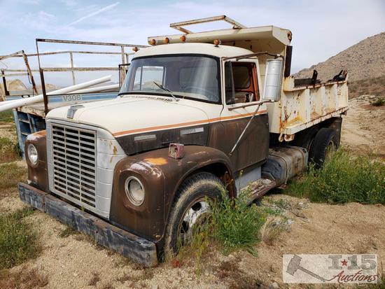 International Harvester Loadstar Dumptruck, 10' Dump