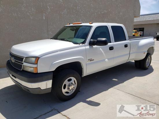 2005 Chevy Silverado 3500 Duramax Diesel, Only 65,186 miles! See Video! Current Smog..