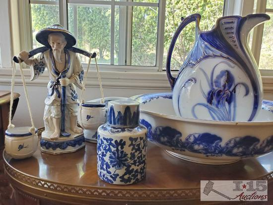 Blue & white porcelain with historical significance! Late Mayers piece in this lot.