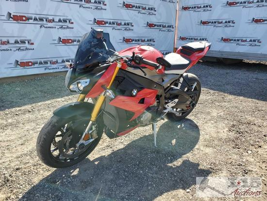 2014 BMW S1000R with Premium Package, Red
