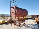 Large tank w/ ladder on Elevated stand