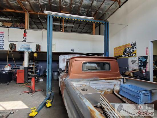 Hanning Twin Post Car Lift, See Video!