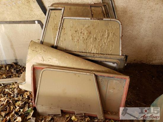 2 Pairs of International Scout Doors and Windows