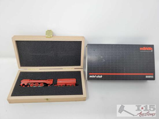 Marklin Mini-Club Z Scale Locomotive in Box - 88893