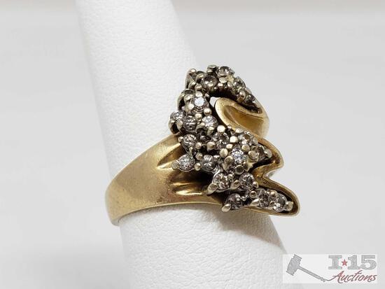 14k Gold Diamond Ring 7.g