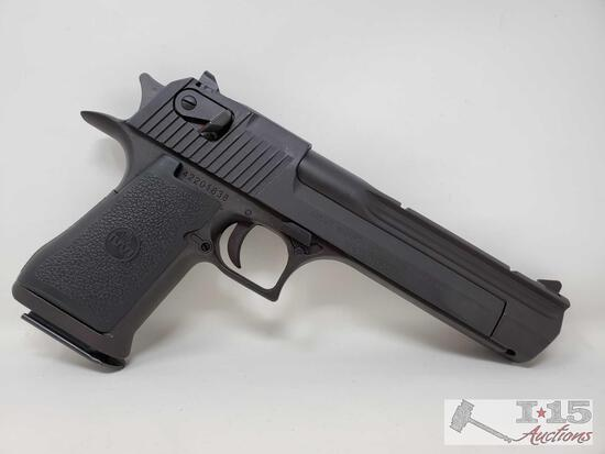 Magnum Research Desert Eagle .44Mag Semi-Auto Pistol with 3 Magazines and Case