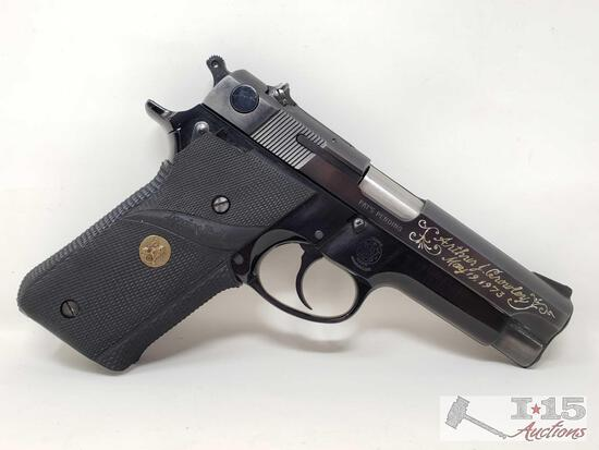 Smith & Wesson Model 59 9mm Semi-Auto Pistol with Magazine