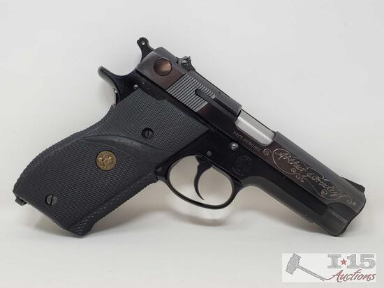 Smith & Wesson Model 39-2 9mm Semi-Auto Pistol