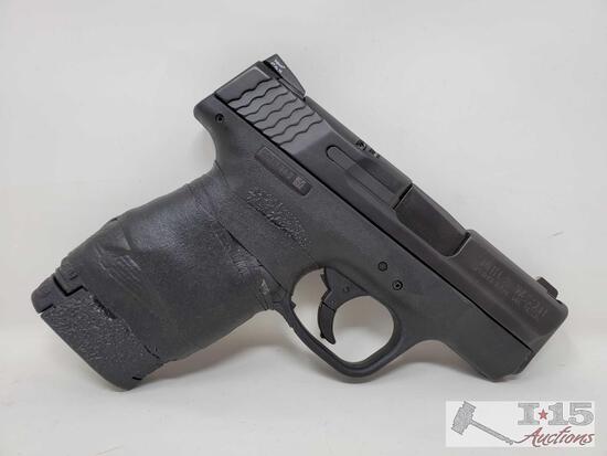 Smith & Wesson M&P 9 Shield 9mm Semi-Auto Pistol with Magazine and Box