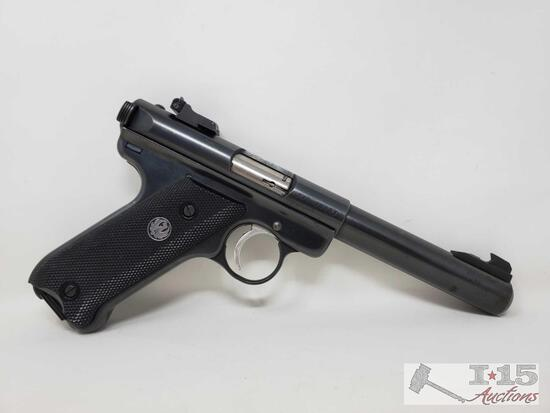 Ruger Mark II Target. 22lr Semi-Auto Pistol with Magazine and Case