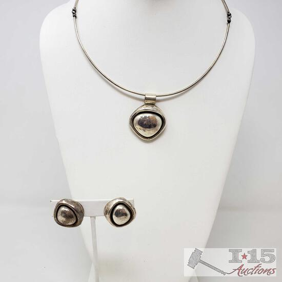 .925 Sterling Silver Necklace and Earrings Weighs Approx 49.5g