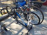 2 Mountain Bikes, Giant and Roadmaster