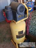DeWalt D55168 15 Gallon Air Compressor