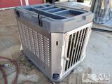 Metal and Plastic Animal Crate