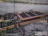 2 Gate Panels and 2 Uprights
