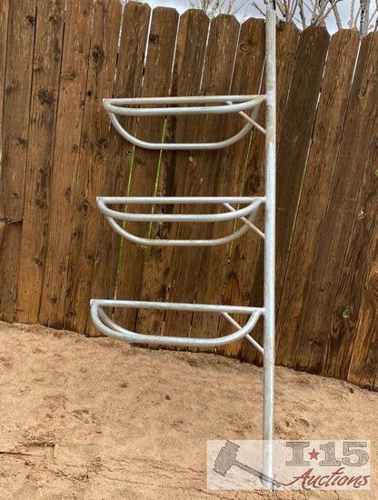 Nice Steel 3-Tiered Saddle Rack