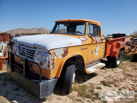1962 Dodge D400 Varied Truck