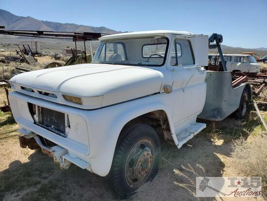 Chevrolet Tow Truck(Key In Ignition)