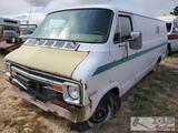 1974 Dodge Tradesman 200 Van (Key in ignition)