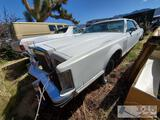 1976 Lincoln Continental Mark 5 Coupe(Keys in Ignition)