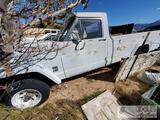 Jeep J300 4WD