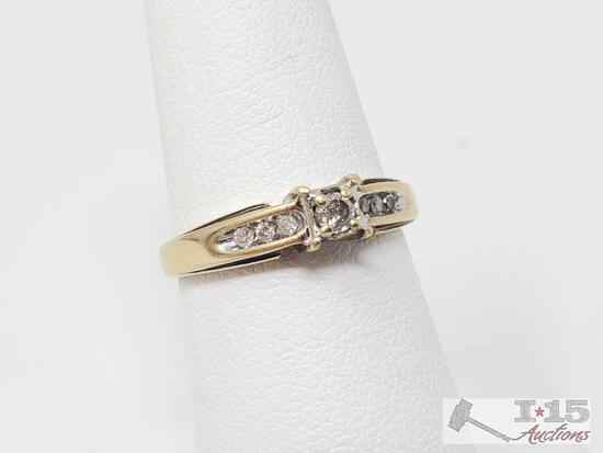 10k Gold Diamond Ring- 2.3g