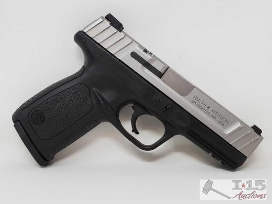 Smith&Wesson SD40 VE 40 S&W Semi-Auto Pistol