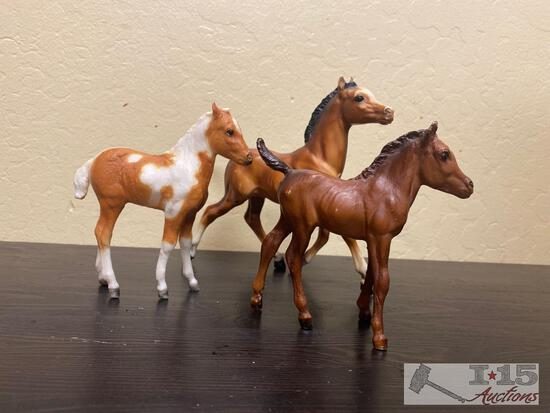 3-Breyer Baby Foals Collectables