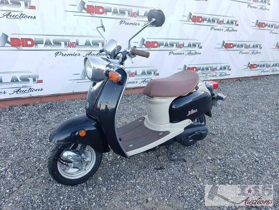2005 Yamaha Vino scooter