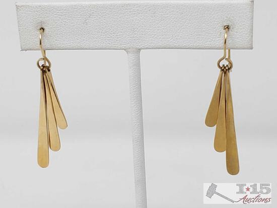 10k Gold Dangle Earrings, 3g