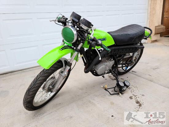1974 Vintage Kawasaki 175 Motorcycle